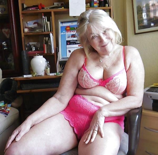 Fat horny lesbian pic