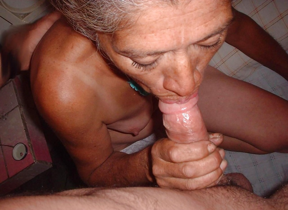 http://maturesonfire.com/gallery/Granny_love_sex_-_2/26.jpg