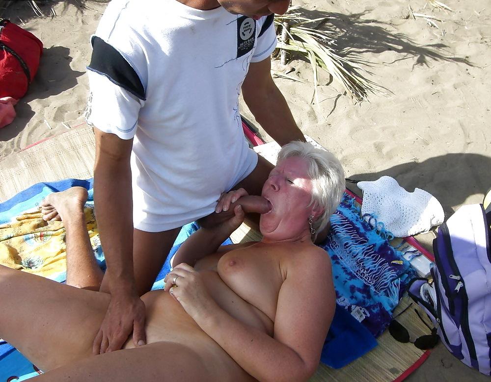 http://maturesonfire.com/gallery/Granny_love_sex_-_2/28.jpg