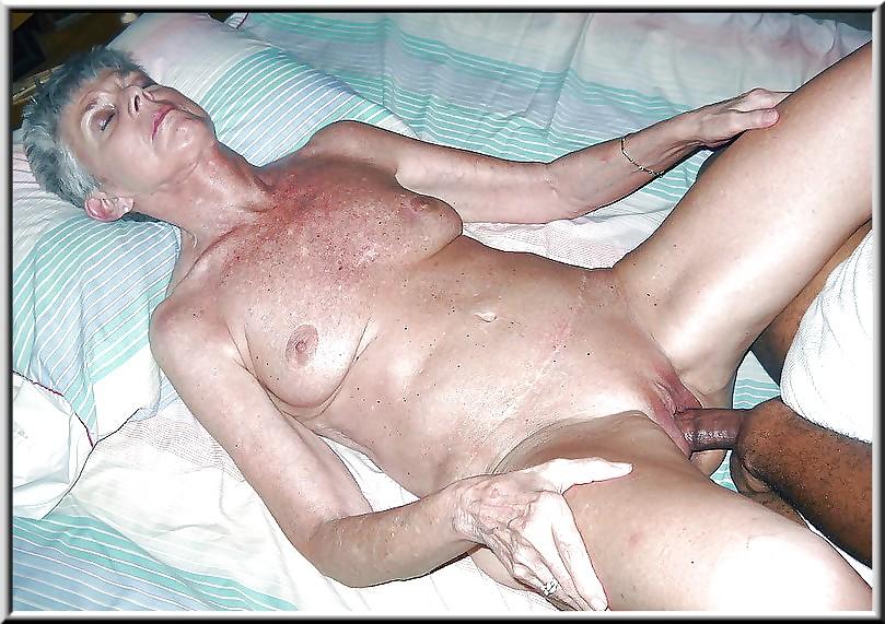 X X X Mature Granny Cumshot Pics 53