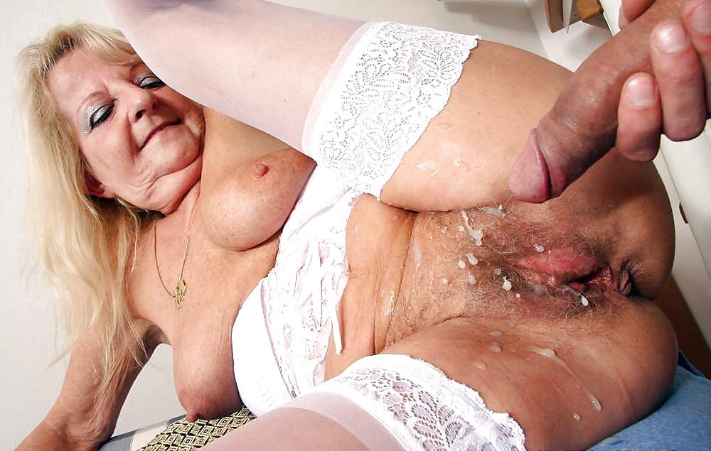 реальное порно сперма в пизде бабушки