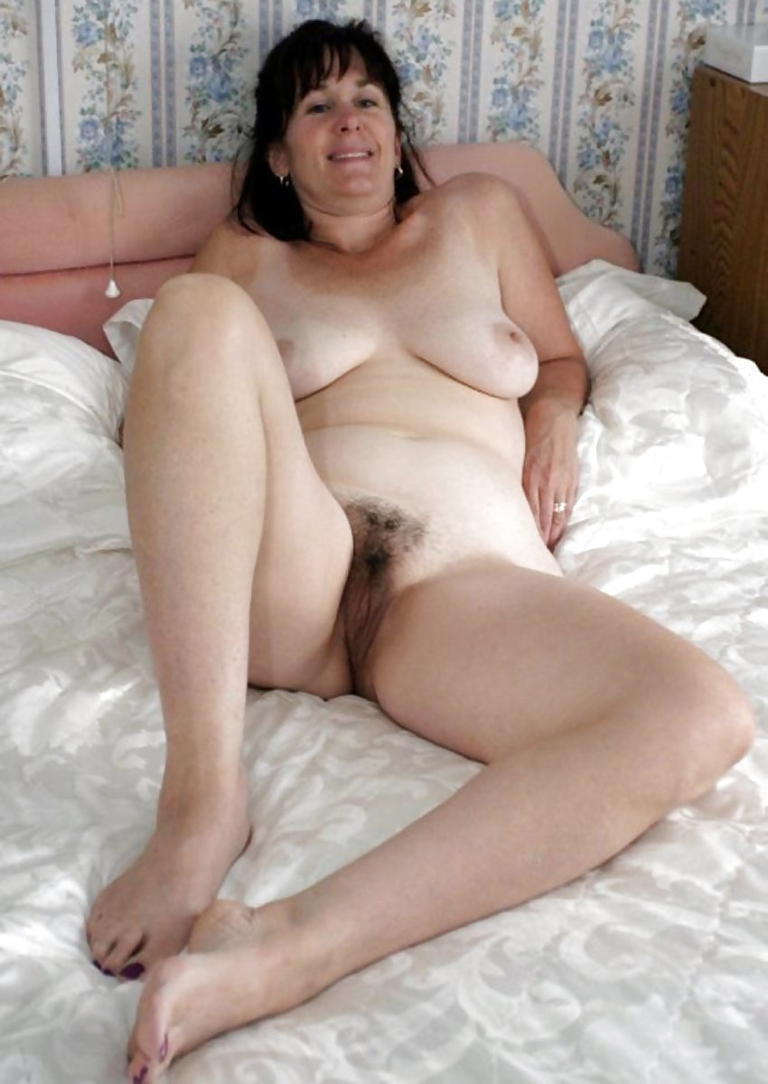 Milf with 30m tits does 1st porn scene ever 8