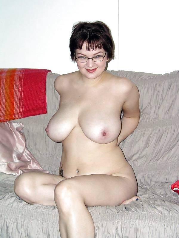 http://maturesonfire.com/gallery/Matures_milf_housewives_66/26.jpg