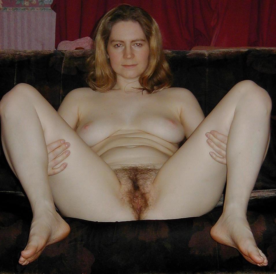 http://maturesonfire.com/gallery/Matures_milf_housewives_66/51.jpg