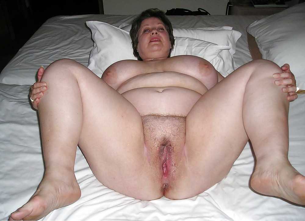 http://maturesonfire.com/gallery/OLD_CHUBBY_AND_HAIRY/18.jpg