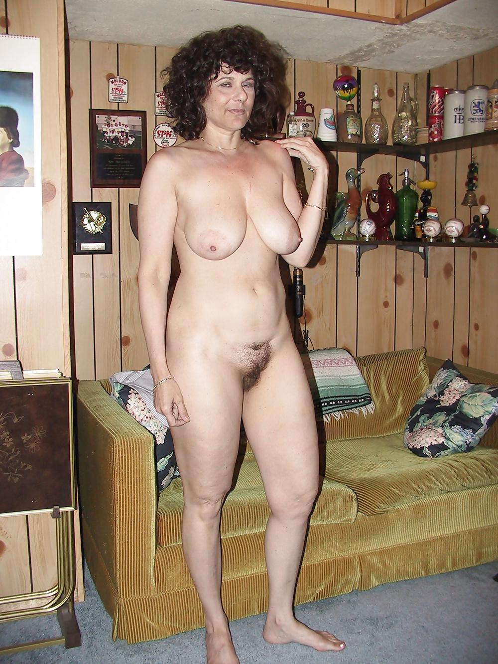 Голые жены 50 лет фото